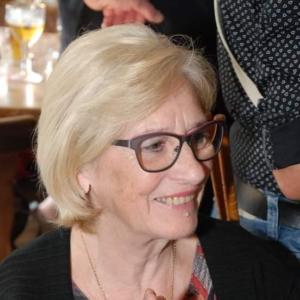 Renée De Mol